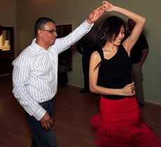 Learn to follow in social dancing article